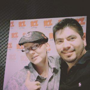 Kitty Sanders con Sergeo en el radio ZONICA
